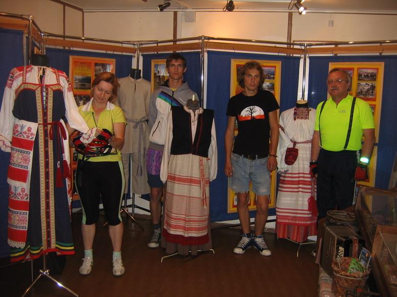 Экспозиция ижорских костюмов