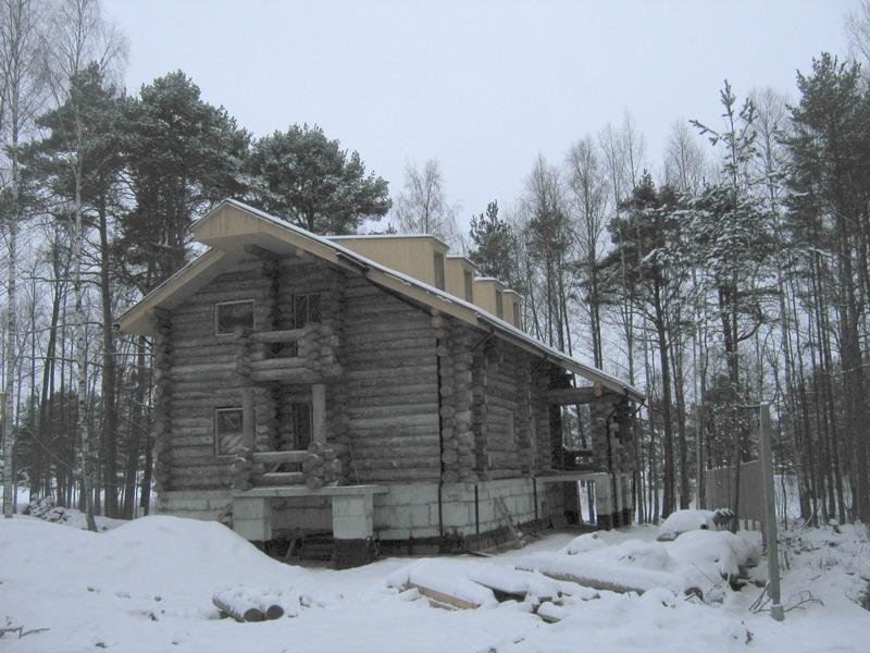 Дом размером 9 на 12 метров на заповедной территории Лебяжьего