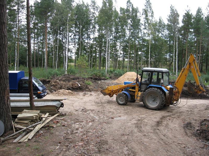 Снятие грунта в заказнике при строительстве коттеджей