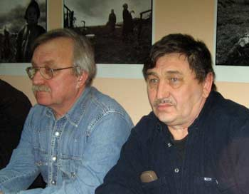 Олег Бодров и Госман Кабиров во время обсуждения фильма